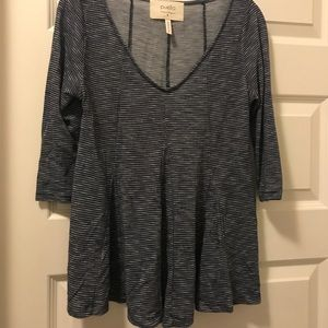 Puella by Anthropologie 3/4 length shirt
